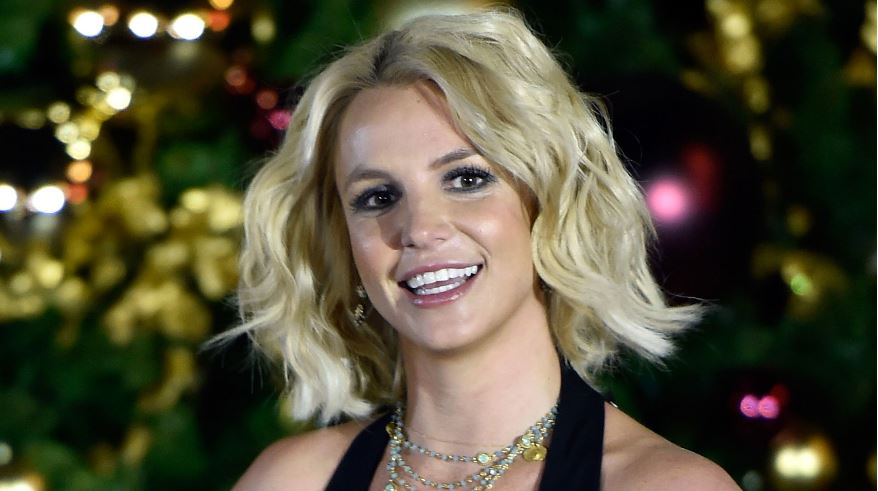 britney-spears-popular-hottest-soccer-moms-in-world