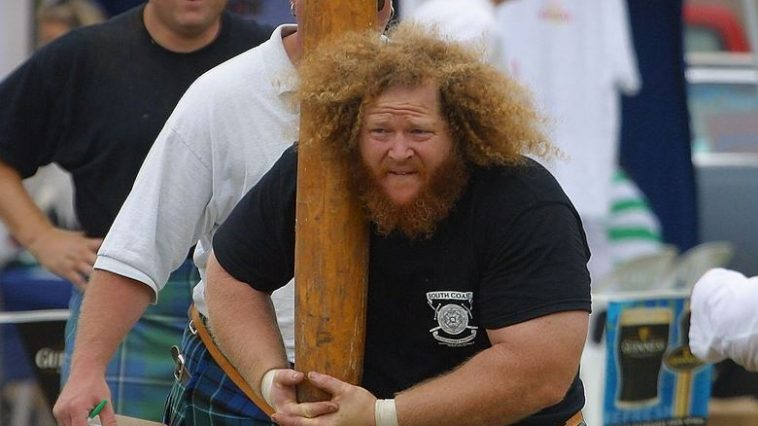 caber-toss-top-bizarre-sports-actually-exist