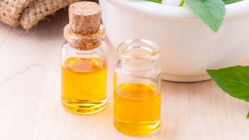 canola-oil-top-popular-effective-hair-oils-to-buy-2017