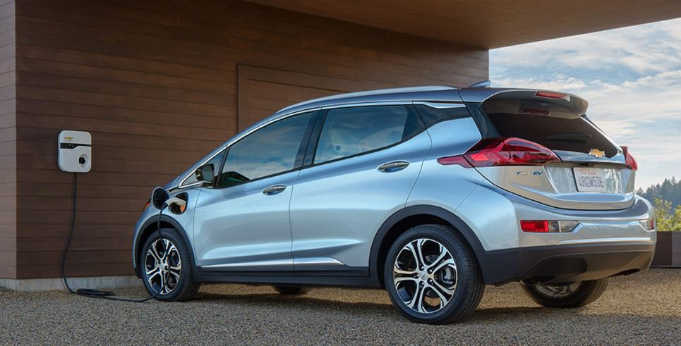 chevy-bolt-top-best-selling-tech-gadgets-of-2016-for-men-women