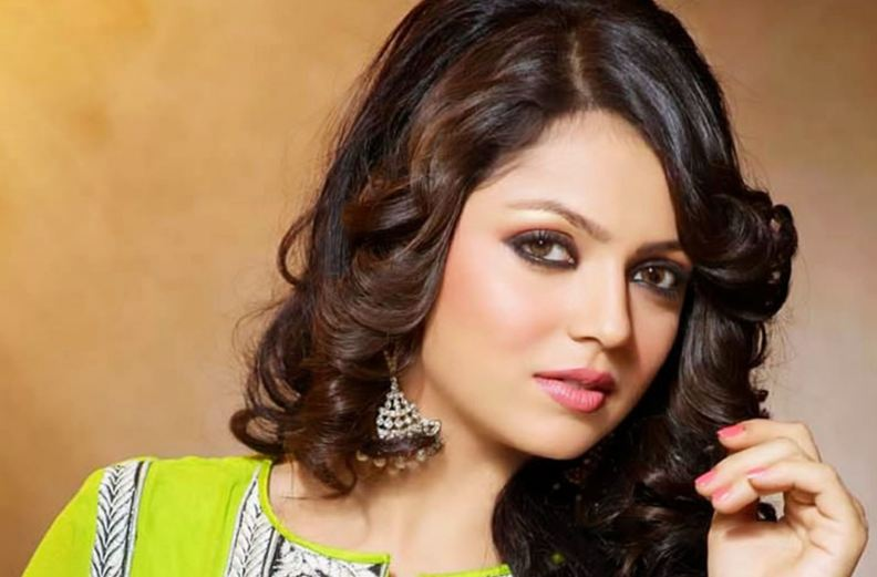 drashti-dhami-top-popular-beautiful-indian-tv-serial-actresses-2017