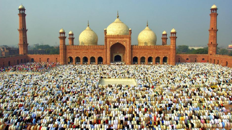 eid-ul-fitr-top-popular-beautiful-events-of-islam-2017