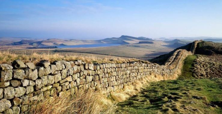 hadrians-wall-england-top-10-most-amazing-and-longest-walls-in-the-world-2017