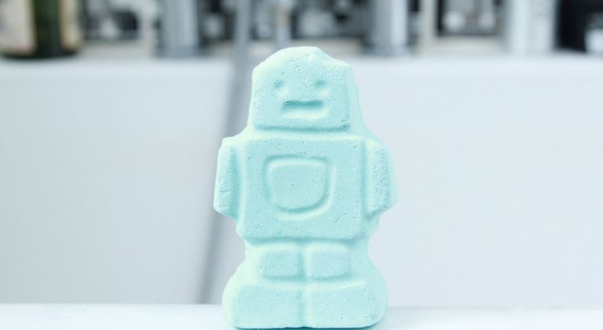 ickle-baby-bot-most-famous-lush-bath-bombs-2017