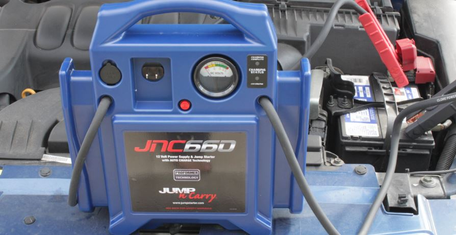 jump-n-carry-jnc660-jump-starter-top-famous-car-jump-starters-in-the-world-2018