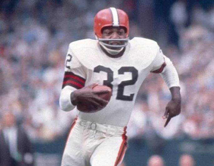 jim-brown-top-athletes-who-retired-too-early