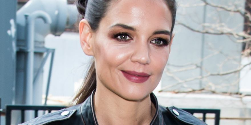 katie-holmes-famous-hottest-soccer-moms-in-world-2019