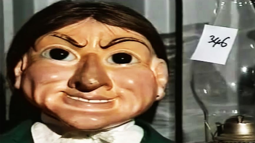 letta-the-haunted-gypsy-most-famous-freaky-dolls-that-will-make-you-scareddoll-2018