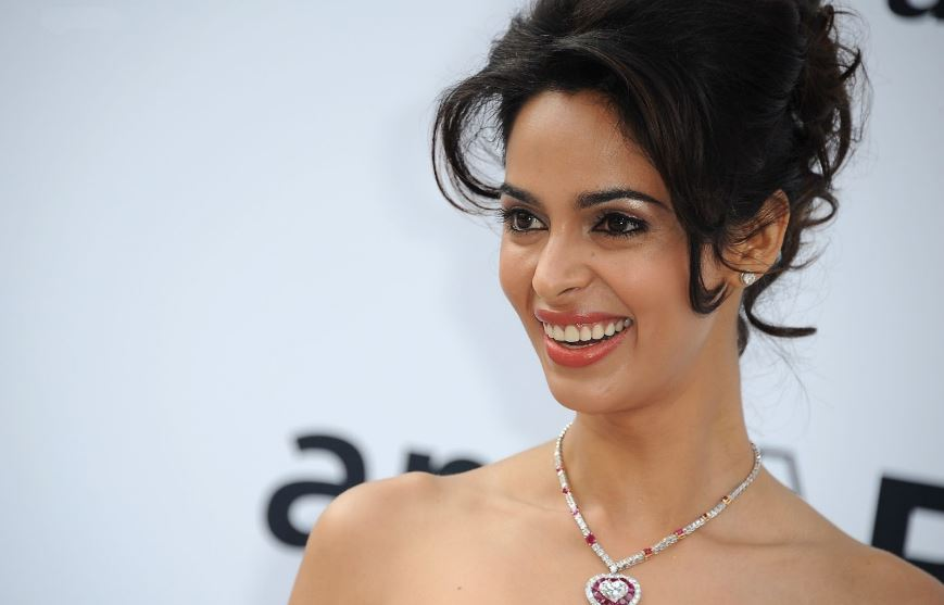 Mallika Sherawat Top 10 Most Searched Bollywood Celebrities