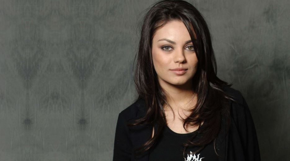 mila-kunis-top-10-hottest-jewish-women-in-hollywood
