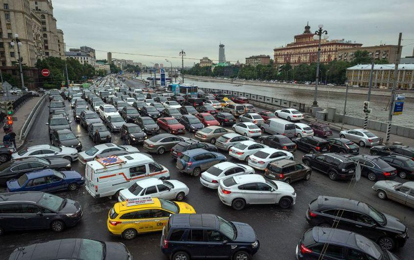 moscow-russia-top-most-famous-places-with-worst-traffic-in-the-world-2019
