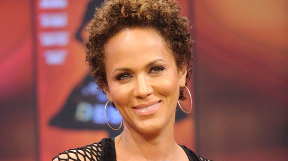 nicole-ari-parker-top-popular-female-celebrities-with-natural-hairs-who-look-better-2019