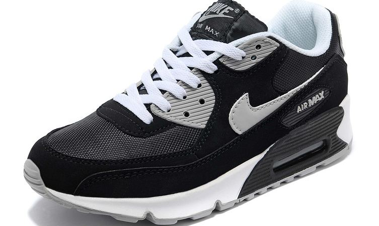 nike-air-max-men-shoes-top-most-and-expensive-shoes-in-india-2018