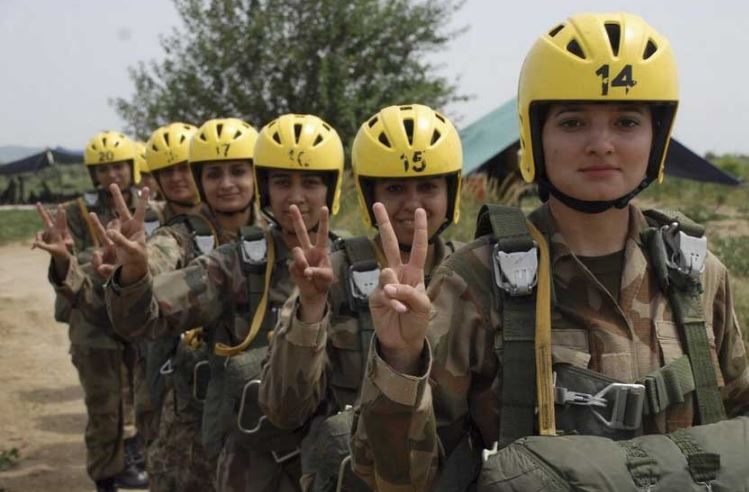 pakistan-army-top-most-famous-attractive-female-armed-forces-2019