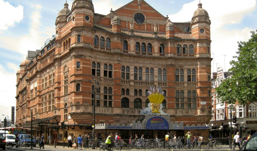 palace-theatre-top-10-biggest-and-best-london-theatres