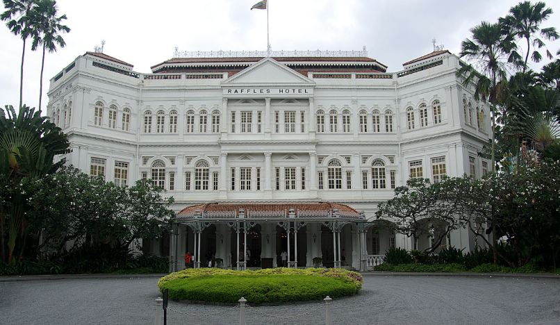 raffles-hotel-top-10-places-to-visit-in-singapore