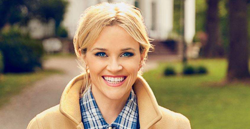 reese-witherspoon-top-10-hottest-soccer-moms-in-world