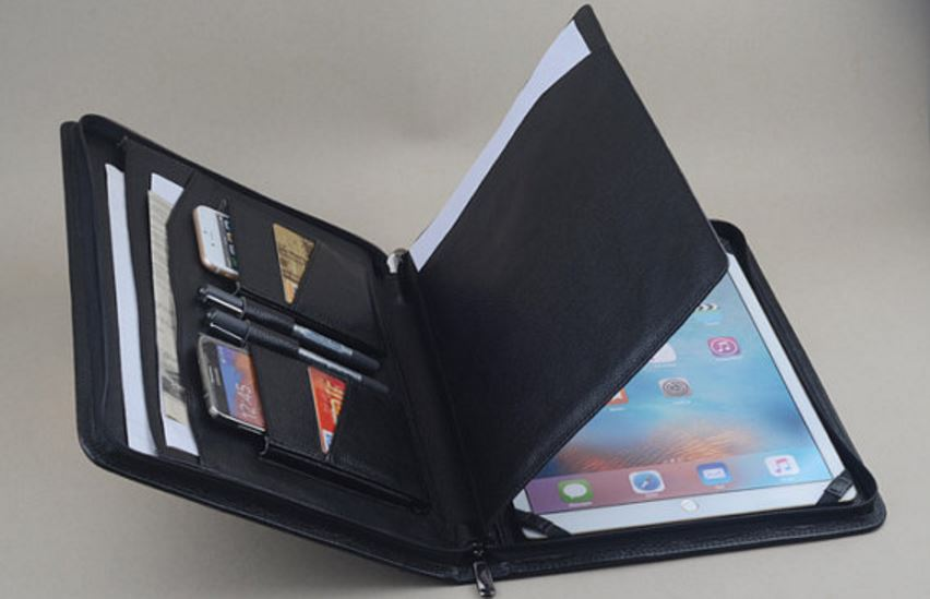 reliable-keyboard-bag-most-popular-must-have-ipad-accessories