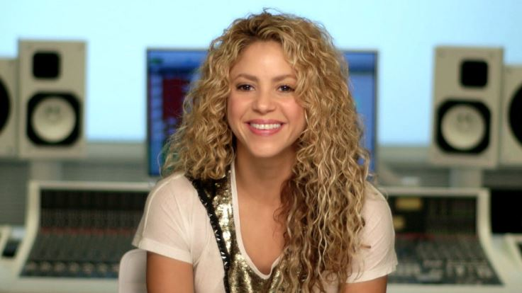 shakira-top-10-celeb-moms-who-look-hotter-than-ever