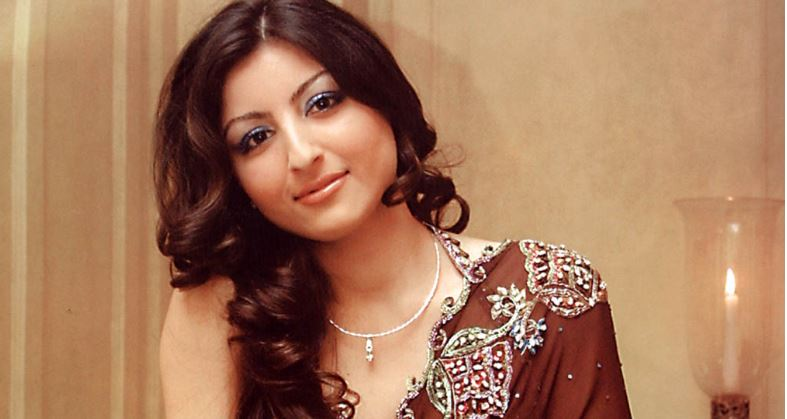 soha-ali-khan-top-10-most-educated-bollywood-stars