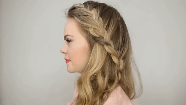 the-half-up-side-braid