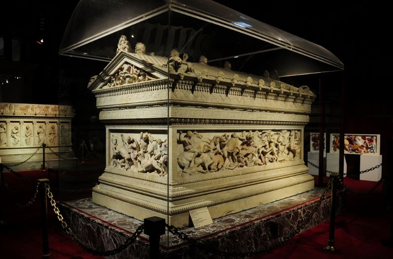 tomb-of-alexander-the-great-most-popular-unsolved-mysteries-of-the-world-2018