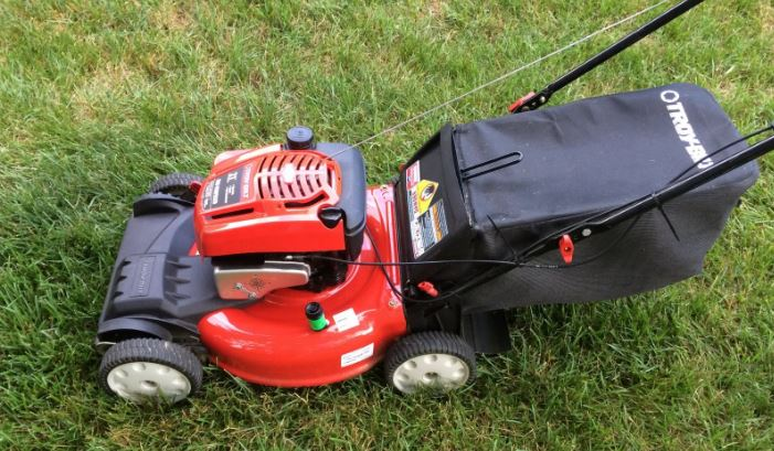 troy-bilt-tb230-mower