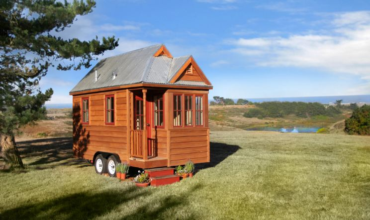 Prime Smallest Houses In The World 2017 Top 10 List Largest Home Design Picture Inspirations Pitcheantrous