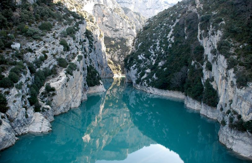verdon-gorge-canyon-top-10-most-popular-tourist-attractions-of-france-2018