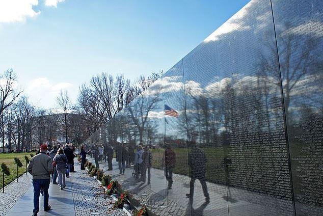 vietnam-veterans-memorial-wall