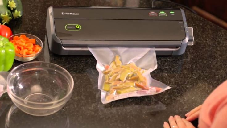 FoodSaver V2244 Vacuum Sealer Top Most Popular Vacuum Sealer Reviews 2018