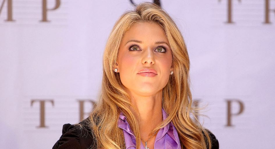 Carrie Prejean – Miss California Top Most Famous Worst Beauty Pageant Winners of All Time 2017