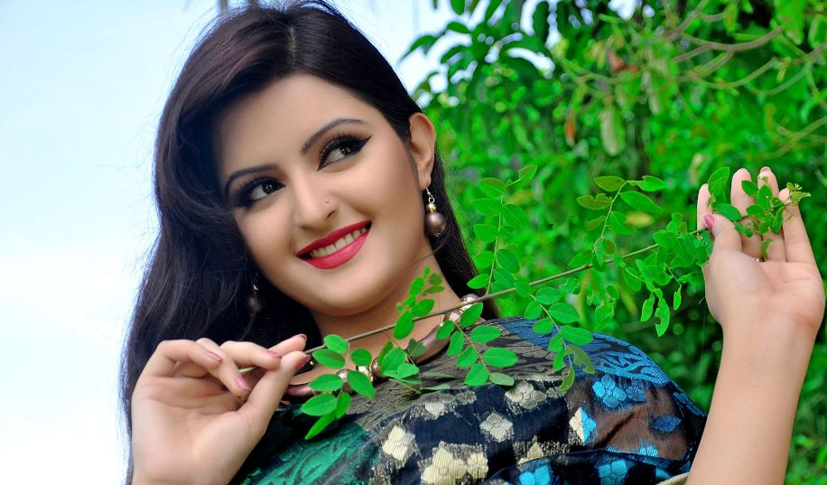 Hottest Bangladeshi Models